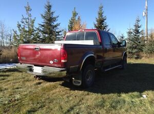 Ford Super Duty F350 V8 Fully loaded Lariat leather and 4X4 Strathcona County Edmonton Area image 3