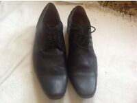 London basic leather shoes for men size: 43 used £10