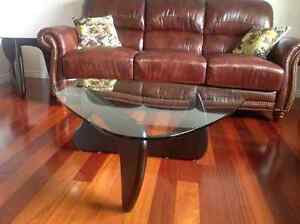 Coffee tables and 2 ends table