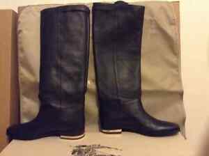 Burberry Riding Boots London Ontario image 3