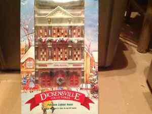 Noma Dickensville Porcelain Lighted Fire House