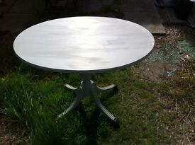 Oval coffee table with claw type feet