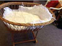 Cane Moses basket on wheels