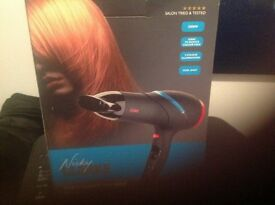 Brand New Nicky Clarke 2,000 Watt Solon Hairdryer (Boxed)