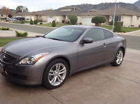 2010 Infiniti G37x Premium AWD Coupe (2 door)