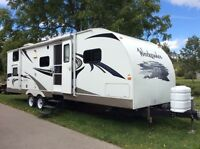 28' Camping Trailer for Sale