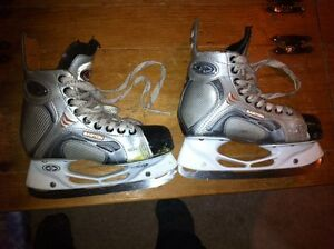 Skates youth size 3D Easton