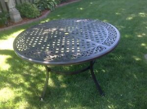 LAZBOY cast iron patio dining table