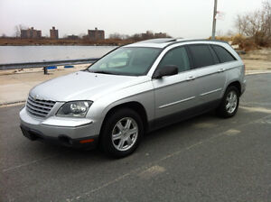 2006 Chrysler Pacifica Loaded Leather Wagon
