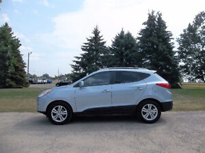 2011 Hyundai Tuscon GLS Crossover- ONE OWNER!!  All New Brakes