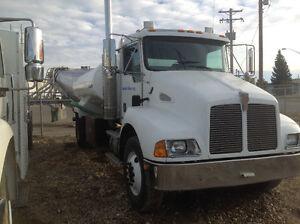 Kenworth potable water truck T300