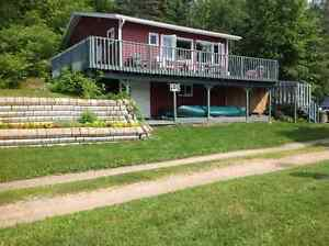 4 season cottage rental Lac St Marie