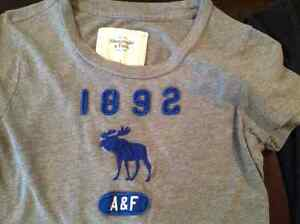 Abercrombie and Fitch t-shirts and tank top London Ontario image 5