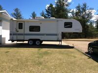 For Sale 1998 Prowler 5th Wheel Camper