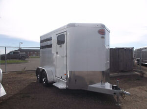 Sundowner 2,3 and 4 Horse Trailers HOLIDAY BLOWOUT!!!