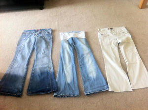 Six Pairs of Women's Jeans and Pants. Size XS, Small, Medium. Regina Regina Area image 2