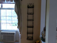 Metal rack for the wall