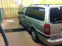 2001 Venture Extended 8 Passenger with Inspection
