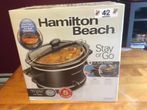 Slow cooker: Hamilton Beach, 4 qt