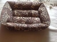 Pets small bed used very clean used £3