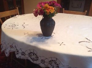Vintage White Lace and Cotton Tablecloth