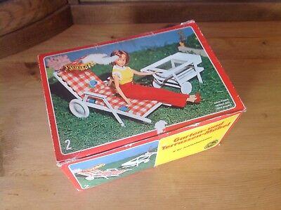 SISO Vintage Puppenmöbel Set Gartenmöbel Set Nr.2 in schönem Zustand neu und OVP