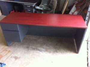 Workbench / desk