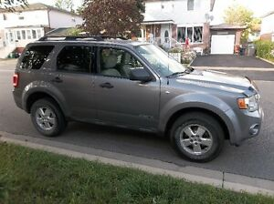 2008 Ford Escape XLT SUV, Crossover ( Safetied And Etested )