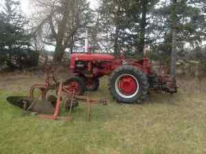 1949 Farmall Super A tractor West Island Greater Montréal image 1