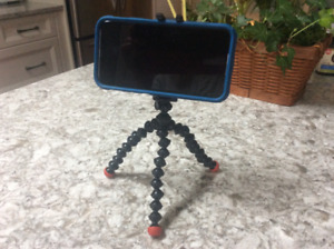 Joby Gorilla-Pod (Tripod for Cellphone)