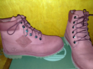 Timberlands Junior size 7 bourgogne