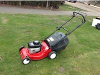 Sovereign Briggs and Stratton self propelled petrol mower