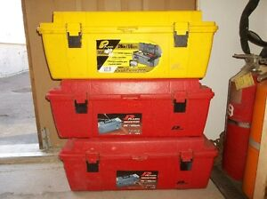 "1 - 26"" LONG TOOL BOXE WITH REMOVABLE TOOL TRAY (RED)"