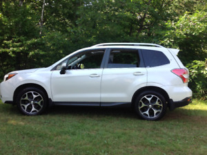 SUBARU FORESTER 2014 LIMITED  sys alarme. demareur camera,