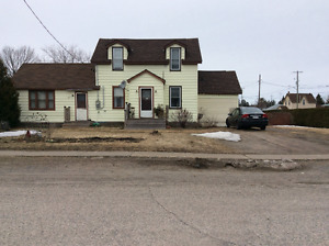 Home  with attached apartment, On Thessalon River