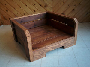 *Beautiful* Solid Hardwood Dog and Cat Beds