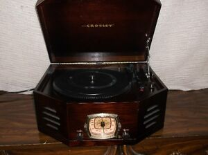 crosley record player with am and fm plus cassette player