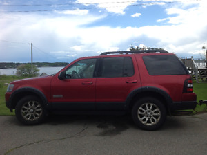 2008 Ford Explorer Ironman Package SUV, Crossover