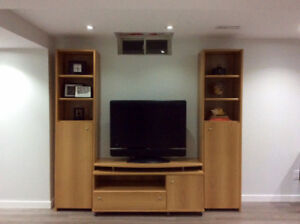 Wall unit by Neoset