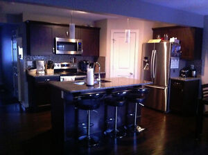 Awesome Roomate for West End (Hamptons)