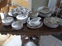 57 Pieces Ridgeway Country Days dishes set