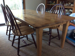 Solid Oak Harvest Table/Four Chairs.