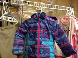 Brand new no tags Costco snowsuit size 5 girls