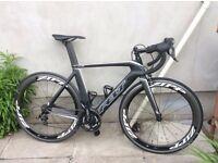 Men's Felt AR5 carbon fibre road bike