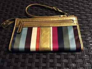 $35.00 Coach Legacy Zippy Striped Wallet w/Gold Leather Trim Prince George British Columbia image 2