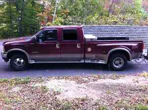2004 Ford F-350 Lariat Camionnette