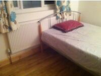SPACIOUS CLEAN FURNISHED SINGLE ROOM CLOSE TO NIGHT TUBE/BUSES