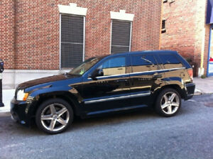 Automatic '06 Jeep Grand Cherokee srt8 leather