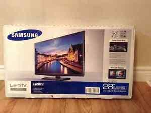 "Samsung LED TV 28"" West Island Greater Montréal image 1"