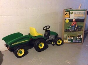 John Deere Tractor for sale great condition !!